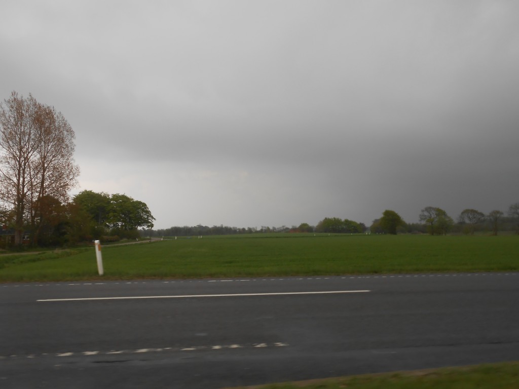Forsøgte at køre fra skybrud