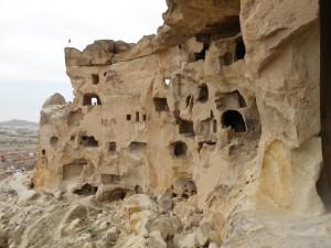 Mindre hule by tæt på Göreme