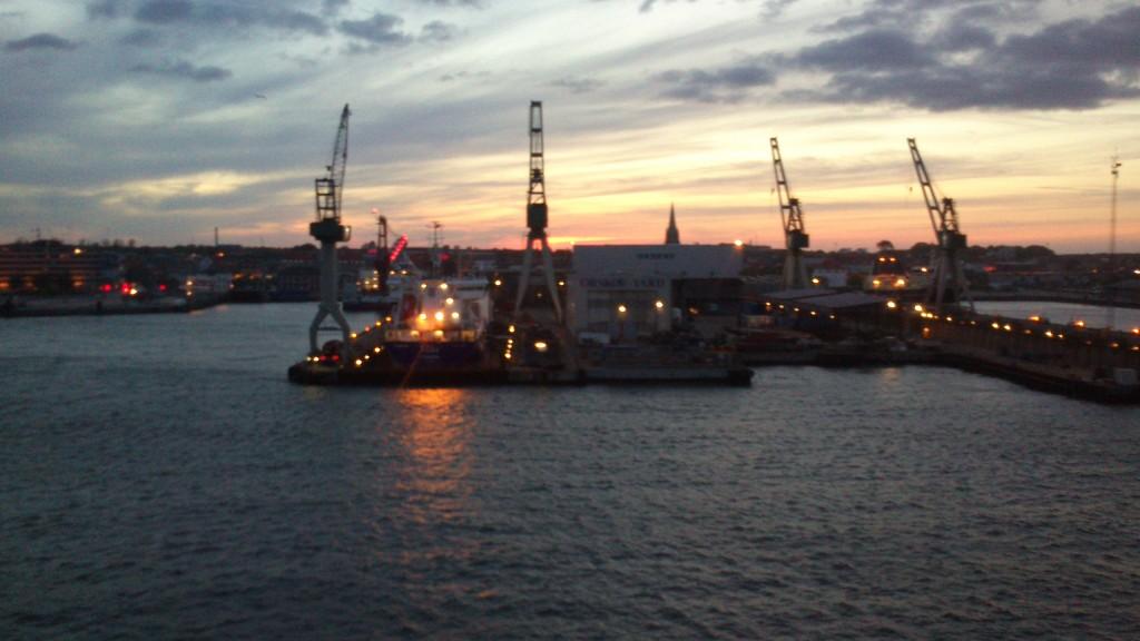 På vej ud af Frederikshavn Havn