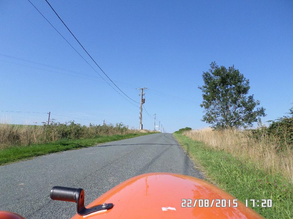 Igen en dag med blå himmel. I Belgien