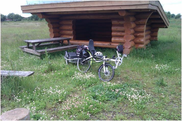 Shelter og Bjällby på tur ved Øster Hurup