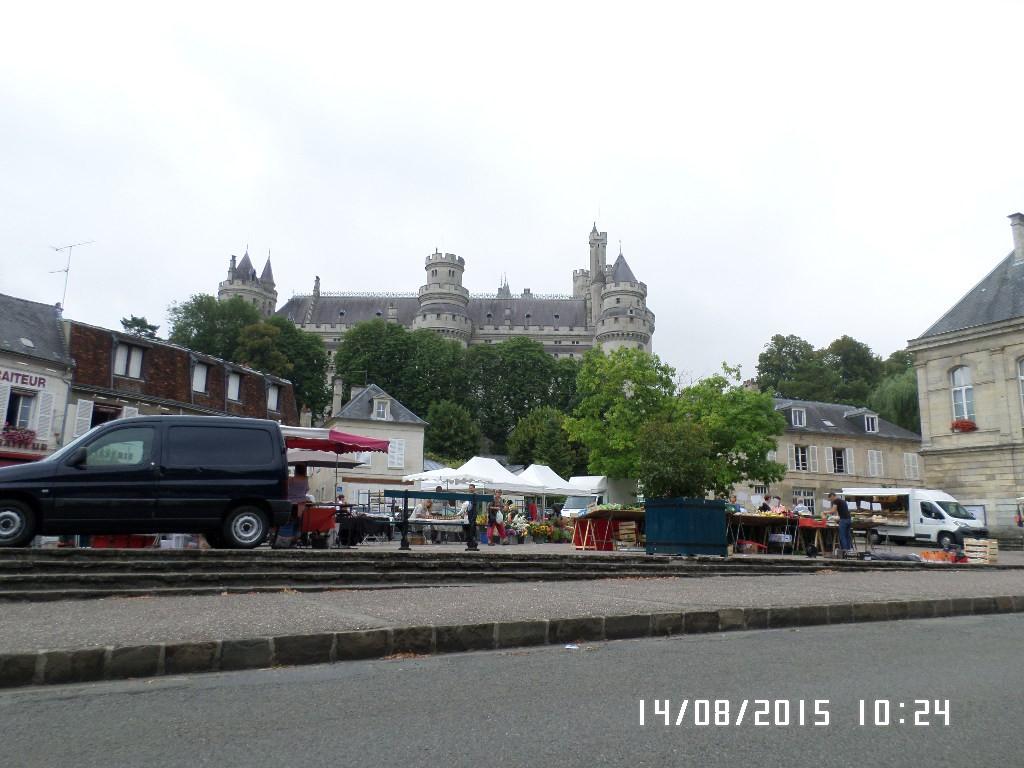Pierrefond og Slot eller Borg